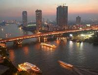 """Thái Lan """"treo"""" vốn đầu tư địa ốc"""