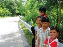 Đường Hồ Chí Minh: Con đường nối những niềm vui 1