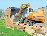 Xây dựng sai phép: Phạt nặng để không cho tồn tại