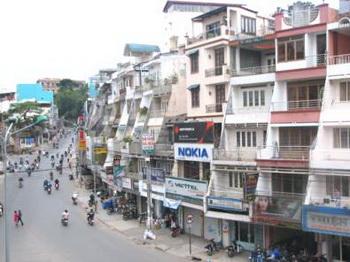Để thị trường bất động sản Việt Nam phát triển vững chắc