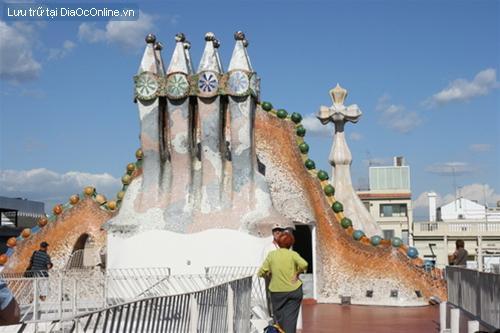 Muôn trạng kiến trúc của Antoni Gaudí