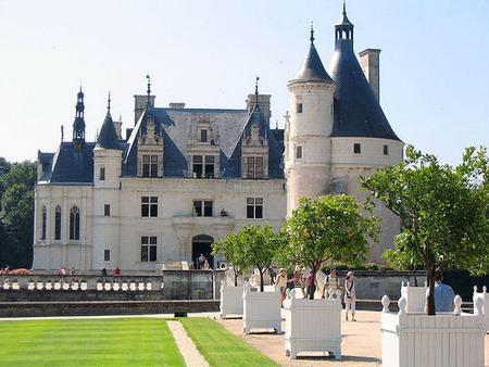 Những lâu đài đắt nhất thế giới