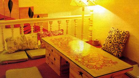 Trang trí tầng lửng làm phòng khách