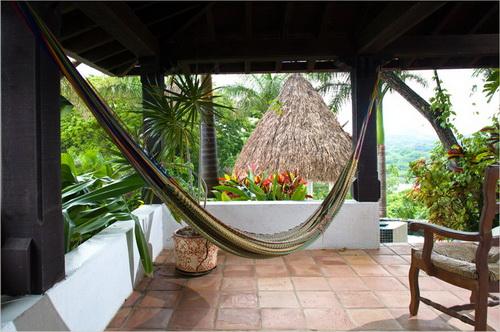 Biệt thự mái ngói xinh đẹp ở Honduras