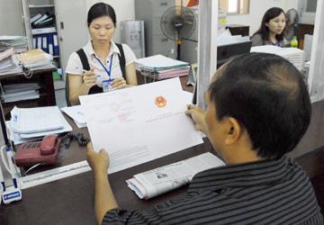 Cấp mới hay đăng bộ trên giấy: Người dân phải kê khai yêu cầu