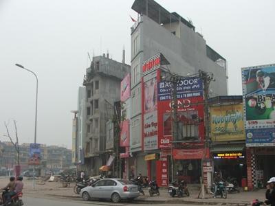 Hà Nội quản kiến trúc hai bên đường:  Hết thời nhà siêu mỏng, siêu méo