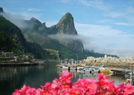 Phần 1: Những hòn đảo có vẻ đẹp bí ẩn nhất thế giới