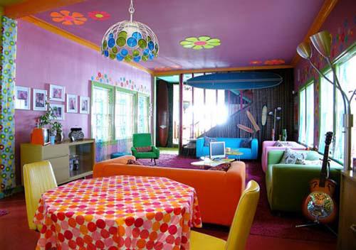 Nội thất sắc màu của ngôi nhà ven biển Santa Monica
