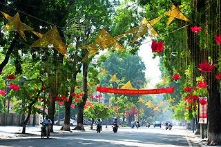 Hà Nội đặt tên, điều chỉnh 32 đường, phố