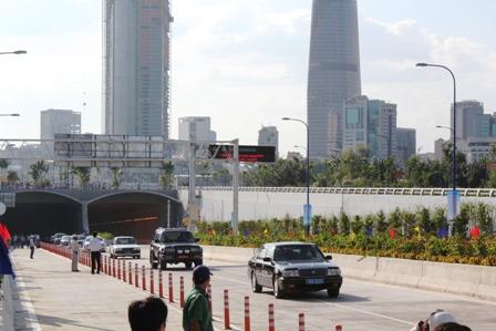 """Hầm Thủ Thiêm đổi tên thành """"Đường hầm sông Sài Gòn"""""""