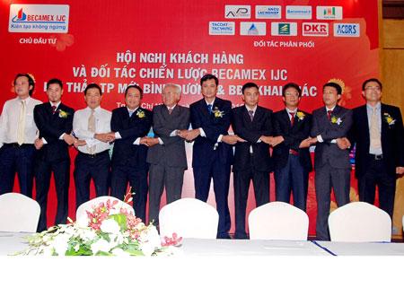 Tập đoàn Becamex ký hợp tác với 9 đối tác phân phối