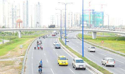 Xây dựng 3 tuyến đường lớn của TPHCM: Đẹp, hiện đại và an toàn