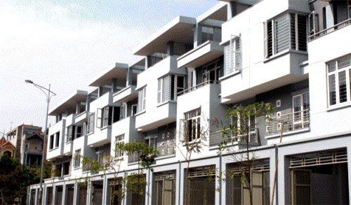 Lãi suất giảm, bất động sản vẫn... bất động