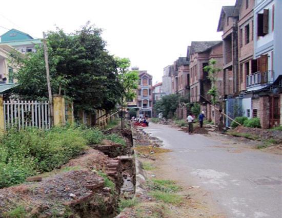 Đánh mạnh thuế đối với nhà đất bỏ hoang để 'triệt' đầu cơ