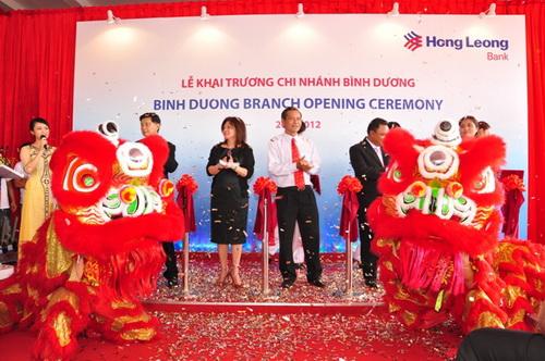 Ngân hàng Hong Leong khai trương điểm giao dịch thứ 4 tại Bình Dương