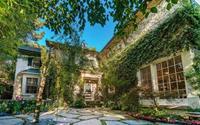 Jessica Simpson rao bán biệt thự gần 8 triệu USD