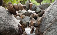 Nghệ thuật từ những viên đá của Michael Grab