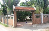 Ngôi nhà bằng gỗ quý của danh hài Xuân Hinh