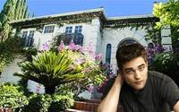 Căn nhà tràn ngập màu xanh của Robert Pattinson tại Beverly Hills