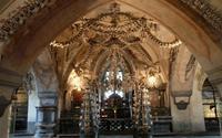 Nhà thờ xương kỳ quái ở Cộng hòa Séc
