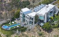 Lóa mắt với biệt thự mới đẹp nguy nga của Rihanna