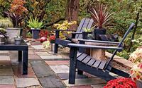 Sân vườn ấn tượng với những phụ kiện rẻ mà xinh