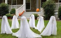 Thay áo mới cho nhà đón lễ Halloween