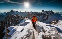 Một ngày bình thường trên đỉnh núi cao 3.842m