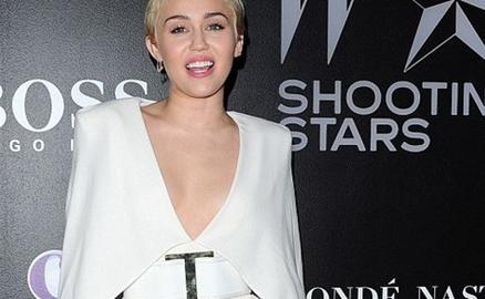 Ngắm biệt thự Miley Cyrus rao bán sau khi bị trộm đột nhập 3 lần