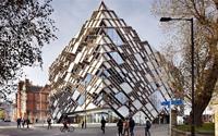 Tòa nhà kim cương đặc biệt tại trường đại học nước Anh