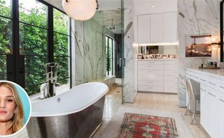 Ngất ngây với những căn phòng tắm siêu sang trọng của người nổi tiếng
