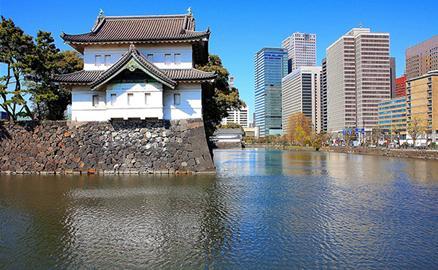 Bên trong nơi ở của nhà vua và hoàng hậu Nhật Bản