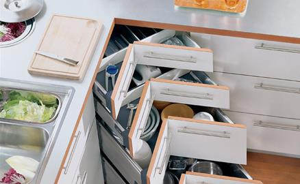 4 thiết kế ngăn lưu trữ thần thánh để tủ bếp trở thành nhà kho mà vẫn gọn gàng