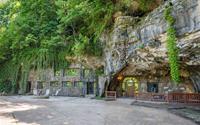 """Khám phá biệt thự """"triệu đô"""" nằm ngay trong hang động độc nhất thế giới"""