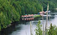 Ngẩn ngơ với những ngôi nhà ven hồ có quang cảnh đẹp và bình yên như chốn thiên đường