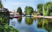 Những ngôi nhà ven sông xinh xắn, đẹp đến nao lòng ở làng quê nước Đức