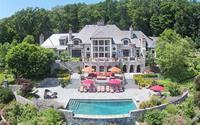Ngôi nhà 680 tỷ đồng của giới siêu giàu có gì khác biệt với nhà của chúng ta?