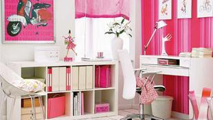 Ý tưởng home office với tone màu hồng nữ tính