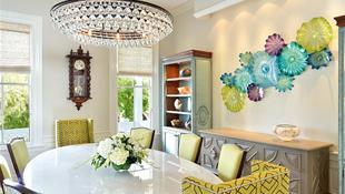 Trang trí phòng ăn mang hơi thở nhiệt đới đa màu sắc