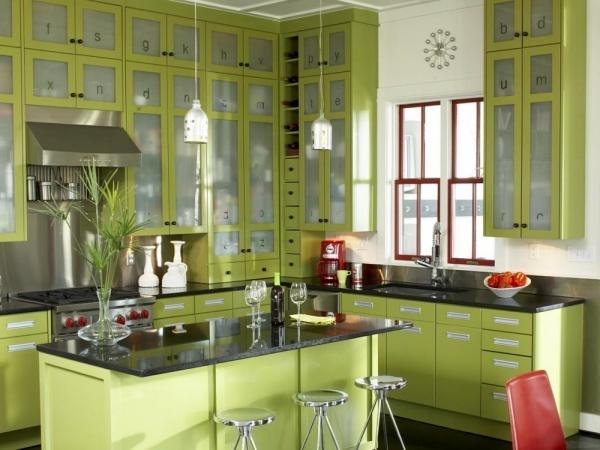 Bếp màu xanh lá đón Hè thêm mát mẻ