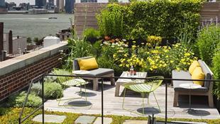 """Những mẫu thiết kế vườn trên sân thượng đẹp """"quên sầu"""""""
