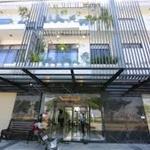 Bán nhà mặt phố 3 tầng + mái trên trục đường 35m đi biển, giá 2,8 tỷ