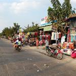 Đang kẹt tiền bán gấp lô góc 2mt 300m2(10x30) giá chỉ 680tr, gần chợ, dân cư đông