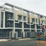 Chính chủ cần bán nhà phố mới xây 1 trệt, 4 lầu 10 phút về phố đi bộ Nguyễn Huệ - MT đường 17m