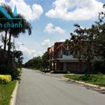 Bán Lô góc 187m2, 2 mặt tiền đường lớn 24m, 30m, View hồ nước, công viên cây xanh.