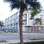 Nhà phố 3 lau 1 tret, 108m2 ngay Q7 ( 7,5 tỷ, VAT , SHR, ở ngay ) TT 35% nhận nhà 0932424238