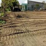 Bán mảnh đất (lô góc), đối diện chợ, ngay KCN , 150m2, đã có SHR, đường nhựa 16m