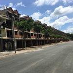 Bán căn nhà phố chính chủ , 1 trệt 2 lầu, giá 2 tỷ 3, sổ hồng riêng. LH 0906944405