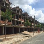 Bán nhà phố liền kề, nằm cạnh trường đại học