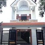 cần bán ngôi nhà 1 trệt 2 lầu,diện tích100m2, sổ hồng riềng lh: 0906682845